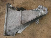Кронштейн двигателя опорный BMW 5-series (E39) Артикул 50798985 - Фото #1