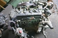 Блок цилиндров двигателя (картер) Nissan Almera N16 (2000-2007) Артикул 900041304 - Фото #1