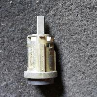 Замок двери Ford Mondeo I (1993-1996) Артикул 894357 - Фото #1