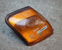 Поворотник (указатель поворота) Ford Scorpio I  (1986-1994) Артикул 51839818 - Фото #1
