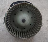 Двигатель отопителя (моторчик печки) Ford Windstar Артикул 50689844 - Фото #1