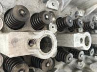 Головка блока цилиндров двигателя (ГБЦ) Mercedes Vito W638 (1996-2003) Артикул 51469494 - Фото #1