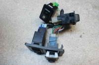 Кнопки управления прочие (включатель) Mitsubishi L300 Артикул 51514458 - Фото #1
